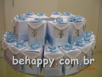 Sugestão de bolo de caixinhas ornamentado  - Clique pra ver a caixinha